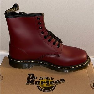 Dr Martens 1460 Smooth - Cherry Red, BNWT